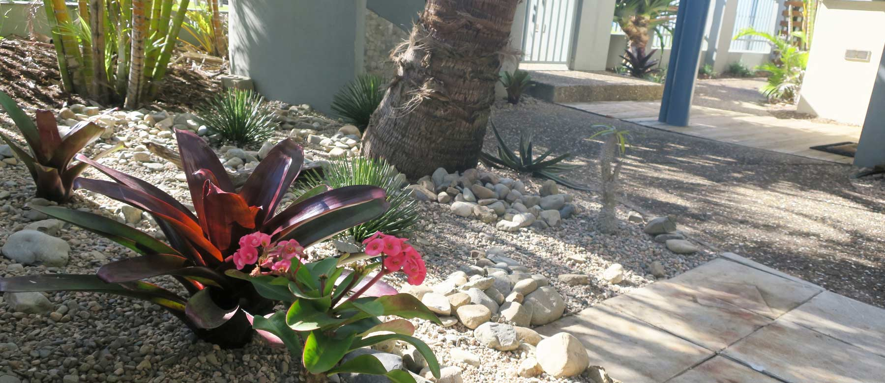 Sanbah-Garden
